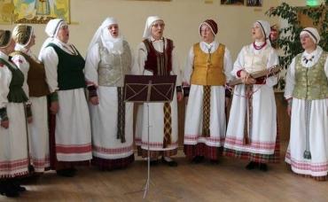 maldeniu_-folkloro_-kolektyvas_2572-56059651517473db25712e470b9837a9.jpg